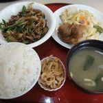大一食堂 - 料理写真:牛肉ピーマン炒め