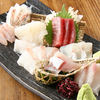 Teshigotoya - 料理写真:築地直送!刺身盛合せ2000円~人数に合わせてお造り致します。