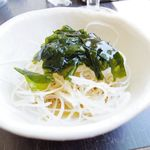 サンゴショウ - ベーグルセットに付いてくる大根サラダ
