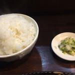 37371414 - ご飯もお漬け物もおかわり自由〜♫