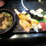 虎寿司 - 大にぎり 2000円
