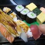 虎寿司 - 大にぎり