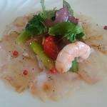 美食倶楽部 富高岩 - 白身魚のカルパッチョ。ボリュームも多くて嬉しいですね♪