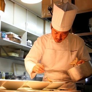 ラ・カロッツァで美味しいお食事と雰囲気をお楽しみ下さい