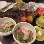 PALOMA+1 GASTROBAR - 前菜のターンテーブル