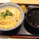 御そば処 美松 - 親子丼(730円)