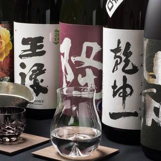 世界に名を馳せる日本の銘酒と、ソムリエ厳選の優良生産者ワイン