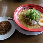 ホっポ屋 - 「コテ麺(上)」と「チャーハン(小)」