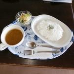 ケーアンドケー - 料理写真:チキンカレーセット
