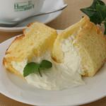 ハンプティ・ダンプティ - クリームチーズシフォンケーキ