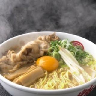 徳福の濃厚・鶏豚骨スープ