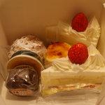 桔梗屋 - 料理写真:ケーキ