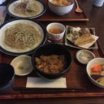 37400606 - 炊き込み御飯と蕎麦のセット(1500円)天ぷら&デザート付き