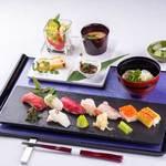 四季彩 ミズノ - 旬のにぎり寿司蕎麦御膳2200円