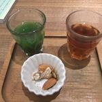 37411870 - 健康定食の前菜。飲むサラダ。生姜湯。ナッツ類。