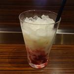 サンマルクカフェ - 木苺ラッシー:421円