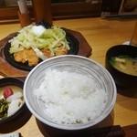 Suzuya - 「とんかつ茶づけ(大)」(1580円)+「温泉玉子」(120円)