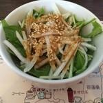 37424604 - セットのミニ水菜サラダ
