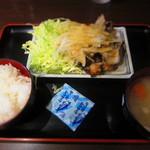 "月光食堂 - ""豚バラ炭火焼定食""¥780"