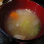 """月光食堂 - """"豚汁""""という味噌汁"""