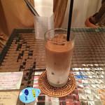 ロンカフェ ルインズ ダイニング - アイスカフェオレ