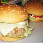 BUNNY×2 - ハンバーガー(330円)+チーズ(50円)