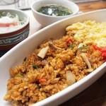 チロルカフェ - 半熟卵のドライカレー¥750 +スープ¥100