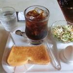 きたの - 料理写真:アイスコーヒー(400円)、モーニング。