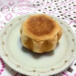 進々堂 - カマンベールチーズパン