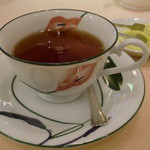 サロン・ド・テ シェ松尾 - 紅茶です♪