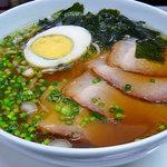 味覚飯店U2 - 日南産・地頭鶏(じどっこ)の鶏がらスープ使用、あっさりチャーシュー麺』¥680
