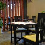 味覚飯店U2 - 広々とした店内で、ごゆっくりお食事をお楽しみ下さい。