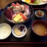 37445452 - 海鮮丼