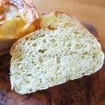ユニオンサンドヤード - かぶ菜とクレソンの自家製パン