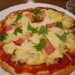 37447048 - きのこのピザ