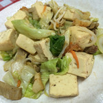 三角食堂 - 料理写真:トーフチャンプルー550円
