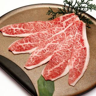 目利きと20年の取引で良質な肉質を仕入れています。