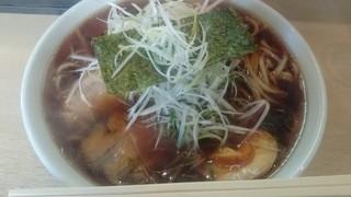 麺屋 陣丸 - 醤油ラーメン600円  大盛り無料