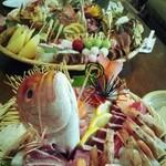 やま咲 - お祝いオードブルの仕出し。桜鯛の造りは絶品