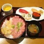 鮨 清山 - ランチの小丼と握りのセット❤