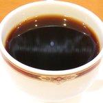 37459551 - ケーキセット 800円 のコーヒー