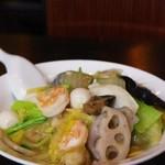 齊華房 - 料理写真:海鮮五目中華丼