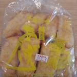丸登豆腐店 - あげ1袋(12枚入) 324円