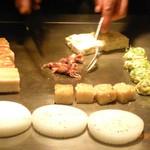 シャカ - 前菜の数々。今回は、旬のホタルイカが♪