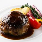 ビストロガストロス - 【ランチ 】熟成牛100% ハンバーグ 季節野菜のグリエ 1500円 税込