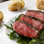ビストロガストロス - フランス シャラン産 マダムビュルゴー 鴨胸肉のロースト 4800円 200g 税別