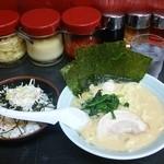 37474086 - 醤油ラーメン+チャマヨ丼830円
