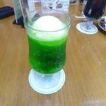 カフェ・ド・蔵 - クリームソーダ