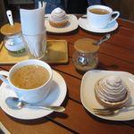 紅茶と珈琲の店 山猫亭 - ホットチャイとモンブランのセット