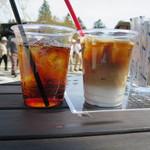 櫻丸珈琲 - アイスティー(アールグレイ)、アイスカフェラテ